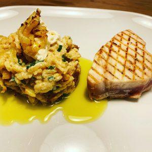 Venkelrisotto met citroensaus, mascarpone en tonijnsteak